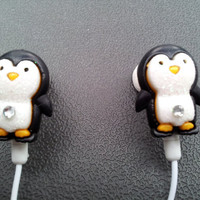 So cute Penguin earbuds with glitter and a swarovski crystal