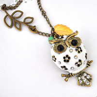 White Owl Necklace Antique Bronze N.. on Luulla