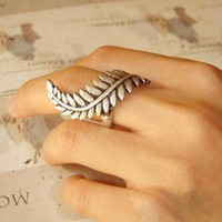 Roman Empire Caesar Leaf Ring--lots of sizes available