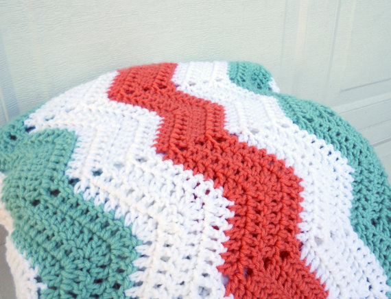 Crochet Patterns Lap Blankets : Crochet Lap Blanket Pattern Pictures to pin on Pinterest