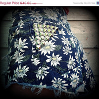 "September Sale Vintage High Waisted Floral Studded Cut Off Shorts 26"" Waist"