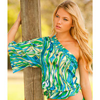 Rachel Lym Women&#x27;s Crista Abstract Green One-shoulder Kimono Sleeve Blouse | Overstock.com