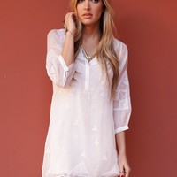 West Coast Wardrobe Eventide 3/4 Henley Tunic in Off White
