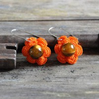 Flower Earrings With Gemstone Bead on Luulla