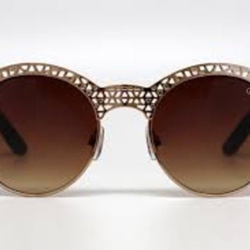 Quay Pippa Shades in Gold