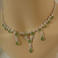 PRECIOUS LIME TRANSLUCENT GREEN AGATE NECKLACE &amp; EARRING SET