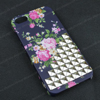 Flower  Studded iphone 5 case,silvery stud iphone 5 cover,iphone 5g case,iphone 5g cover,iphone 5,iphone 5g