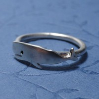 Silver whale ring by PicaPicaPress on Etsy