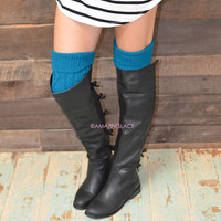 Cabin Cutie Teal Cable Knit Socks - Teal