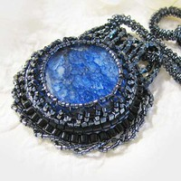 Beaded Agate Woven Glass Bead Pendant Necklace Crystal Blue Black