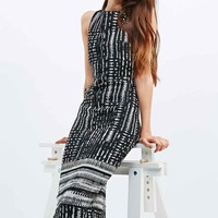 Silence + Noise Cooper Midi Dress in Black - Urban Outfitters