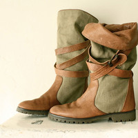 80s banana republic boots . safari linen slouchy buckle