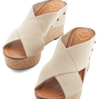 ModCloth Vintage Inspired Laguna Beach Lovely Wedge