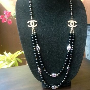 Beautiful & Elegant Hollywood Glam Couture Pearl Necklace