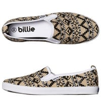 BILLIE SHOES WOMENS CRUISER PLATINUM SLIP ON SHOE - BLACK AZTEC