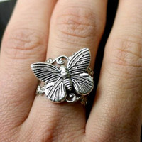 Silver Tilted Butterfly Ring by robinhoodcouture on Etsy