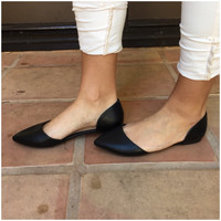 Black Doll Point Toe Flats - BLACK