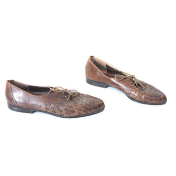 size 8 brown WOVEN oxford flats vintage 80s 90s braided LEATHER minimalist pointy OXFORDS