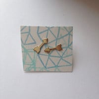 Tiny arrow earrings