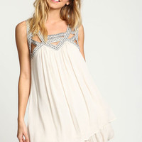 IVORY EMBROIDERED CUT OUT SHIFT DRESS