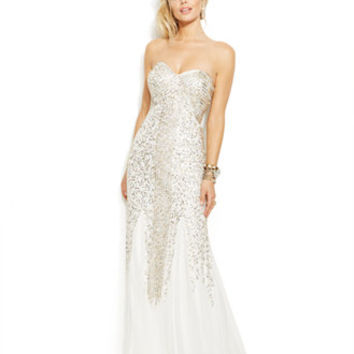 Joanna Chen Strapless Beaded Sweetheart Gown