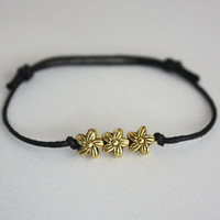 Tiny Flowers Wish Bracelet - Antique Gold