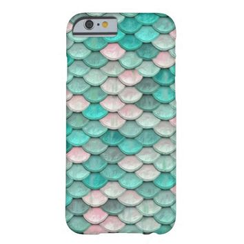 Shiny Fish Scales Effect Pattern Green Pink