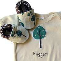 6 - 12 months SHORT sleeve Little Tree Hugger Organic Baby Gift Set- Organic One Piece Bodysuit  and Organic Tree Baby Shoes