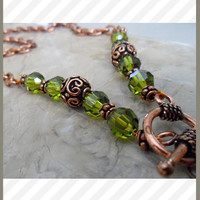 Earthy Swarovski Necklace in Green
