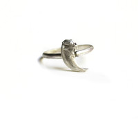 Taxidea Ring Small Claw
