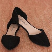 Breckelles Pop Charts Faux Leather Pointed Toe D'Orsay Flats Dolley-43 - Black