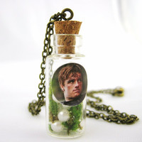 The Hunger Games Peeta Mellark Photo Glass Vial Necklace Peetas Pearl Jewelry