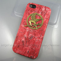 IPhone 5 case,The Hunger Games Bronze Logo Mockingjay iPhone 5 Case,Red Woodgrain PU Leather iPhone 5 Hard Case