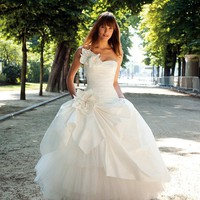 Cymeline USA - couture wedding gowns