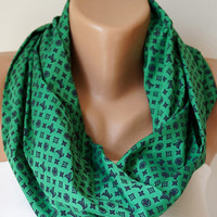 Infinity Scarf Loop Scarf Circle Scarf Cowl Scarf Soft Colorful lots of green chunky design cowl