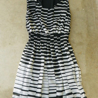 Hypnotizing Indie Lines Dress [2650] - $36.00 : Vintage Inspired Clothing &amp; Affordable Fall Frocks, deloom | Modern. Vintage. Crafted.