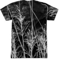 grass in black and white Men's T-Shirts by littlesilversparks | Nuvango