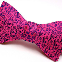Pink &amp; Navy Floral Bow Tie - Pure Silk - &#x27;Rambling Rose&#x27;
