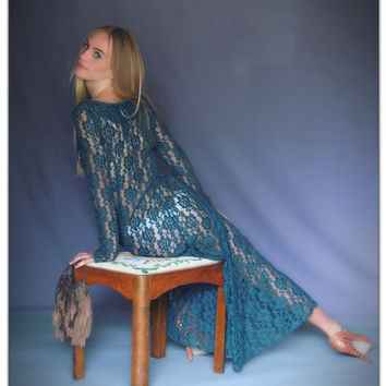 Vintage sheer lace maxi dress / plunging fitted front button up /a-line drape / hunter green petite gown