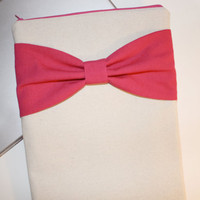 MacBook Pro, MacBook Air Sleeve / Case - Linen with Hot Pink Bow and Pocket - Double Padded