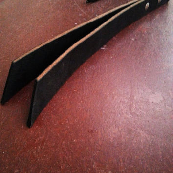 """BDSM Leather Quirt Slapper Paddle - """"The Cowgirl Quirt""""  Black"""