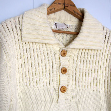 Vintage 70s 80s Knit Sweater Acrylic Cream Pullover Wooden Buttons Pockets Small