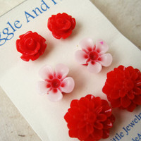 Red Flower Earrings Set. Wild Flower Earrings, Chrysanthemum & Red Rose Earrings. Red Stud Earrings. FSE3.