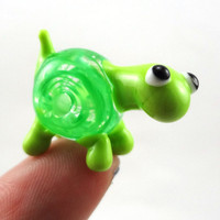 Green Filigrana Lampworked Glass Figurine Bead by MercuryGlass
