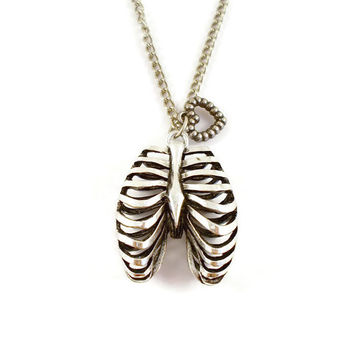 Ribcage and heart charm necklace, gothic necklace, Ribcage pendant, Ribcage necklace, ribcage charm, alternative necklace,rockabilly ribcage