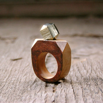 Gemstone geometric wooden Ring with Pyrite, brown