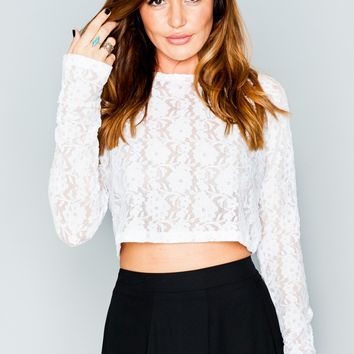 Cher Crop ~ Blooming Lace White