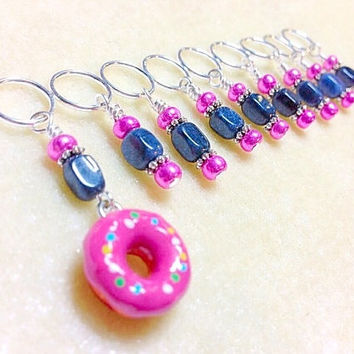 Doughnut Beaded Stitch marker set, Snag Free Knitting Markers, Stitch Holders, Gift for Knitters, Pattern markers