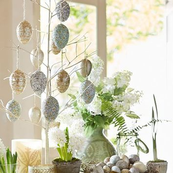 EASTER ORNAMENT TREE