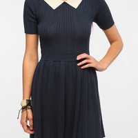 Cooperative Contrast Collar Sweater Dress